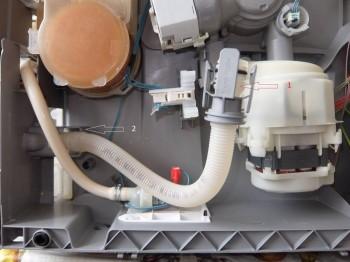 Bosch SKS60E12EU 01 SilencePlus ошибка E15 - DSCF5164 стрелки.jpg